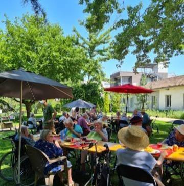 Repas champêtres: les déjeuners dans le parc l'été reprennent !